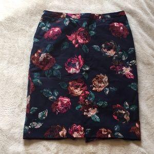 Floral print navy pencil skirt
